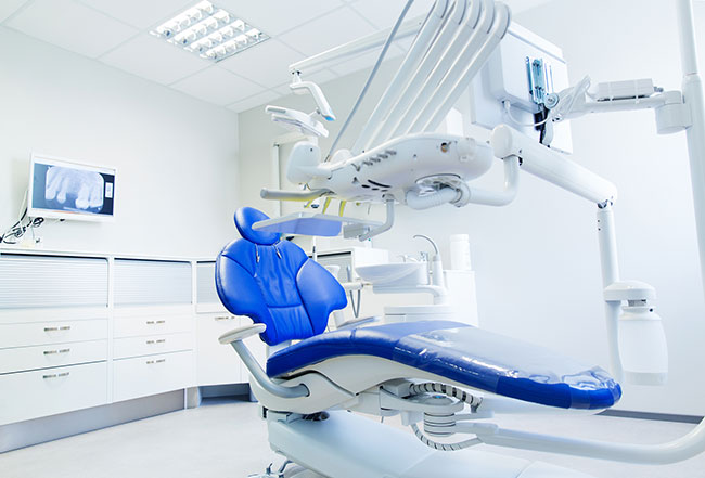 Well designed and spacious dental office exam station