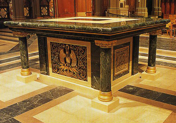 interior-altar2